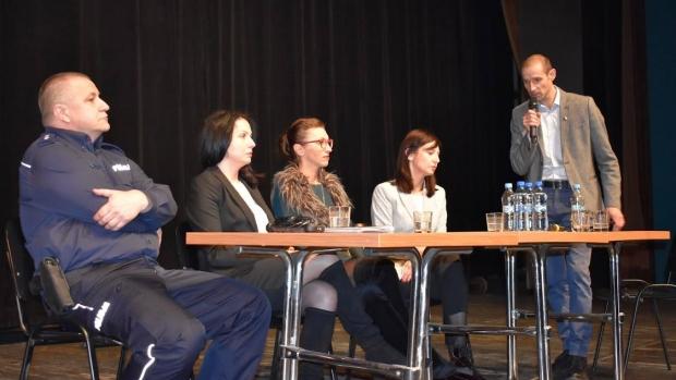 Panel dyskusyjny na temat przemocy w rodzinie, w którym miałam przyjemność uczestniczyć. 30 listopada 2018 r.